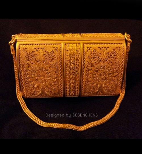 กระเป๋าทองคำแท้ อลังการณ์งานสร้าง by โซวเซ่งเฮง