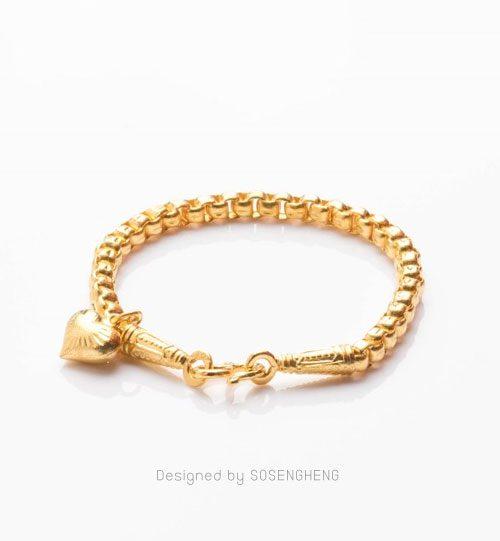 สร้อยข้อมือทองคำ ประดับหัวใจทองแท้ สวยงาม [0N0A2052]